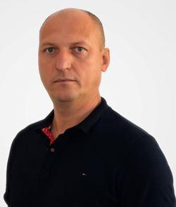 Лозовий Вадим Миколайович